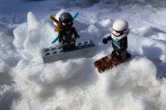 1_nach-einer-Kostuemparty-Skifahren-und-Snowboarden-bald-wieder-scaled